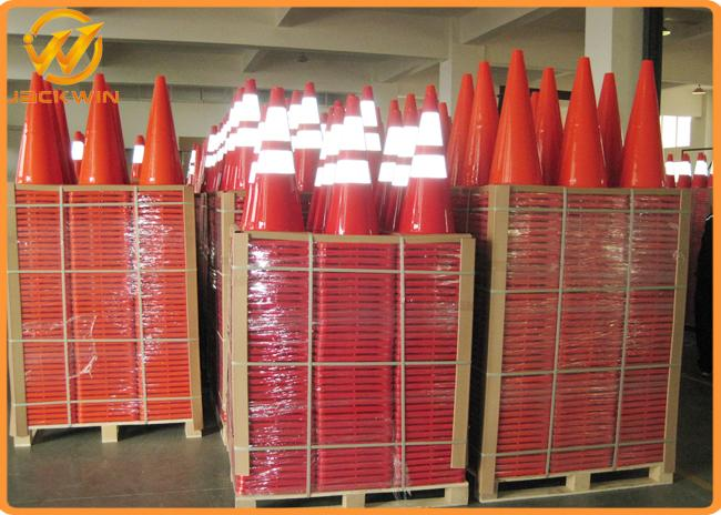 Orange PVC Traffic Safety Cones with 2 Reflective Tape 75cm Height 36 * 36 cm Base
