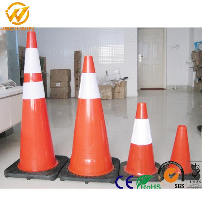 28 Inch Orange Pvc Traffic Safety Cones With Reflective Collar , Flexible Rubber Base