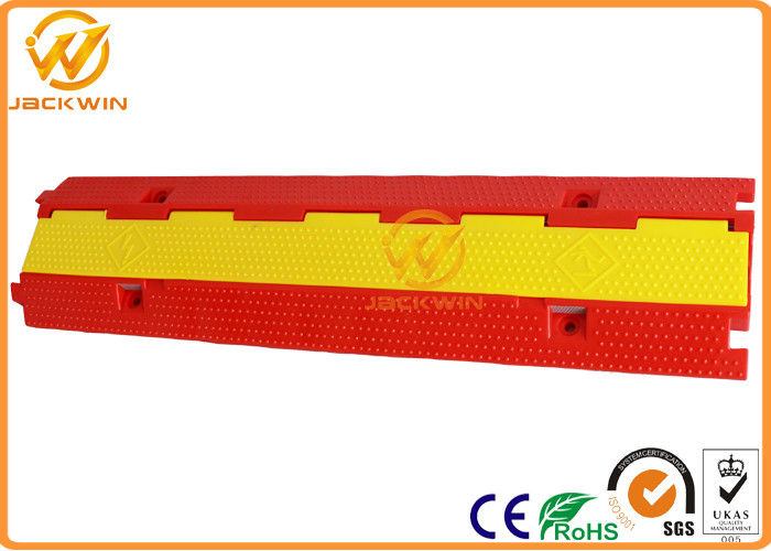 Light Duty Plastic PVC 2 Channel Cable Protector 10 Ton Weight Capacity