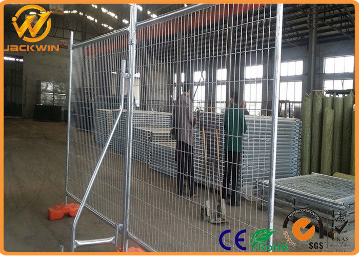 Hot Dipped Galvanized Powder Coated Road Safety Fence , Temporary Barrier Fence